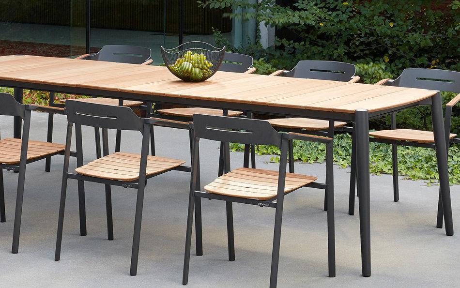 mesa y sillas de teca y aluminio